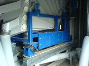 Accessories for screening machines, screening equipment and vibrating screen for fractioning and bulk material handling